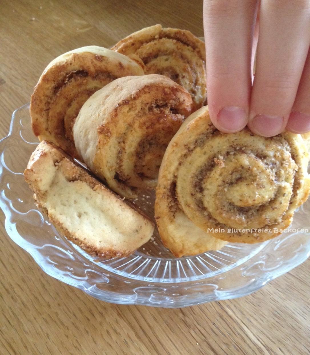 glutenfreie Nussschnecken